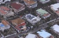 Schade orkaan Irma op Sint Maarten vanuit helikopter