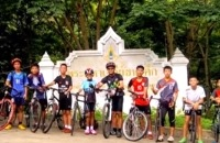 Jeugdjournaal - Jongens uit grot in Thailand na 9 dagen levend gevonden