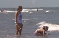 Jeugdjournaal - Zo zwem je veilig in zee filmpjes