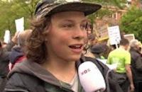 Jeugdjournaal - Kinderen lopen mee in Klimaatmars